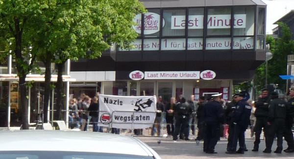 Spontaner Gegenprotest formiert sich