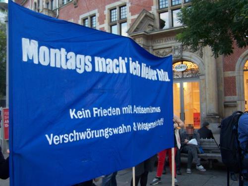 Querfront aktuell - Gegen Antisemitismus, Verschwörungswahn und Volksgemeinschaft